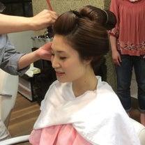 伝統の日本髪のお支度〜地毛結いの高島田ですの記事に添付されている画像