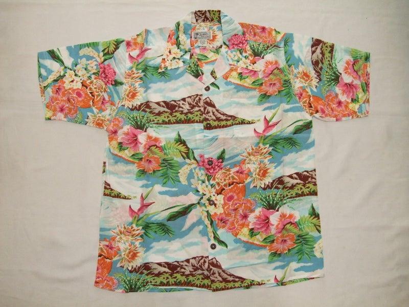 """9ba5718fd76b55 ... 店舗構える老舗""""AVANTI SHIRT""""~. 100%シルクの非常に軽く着心地の良いVINTAGE TYPE シルクハワイアンシャツです。"""
