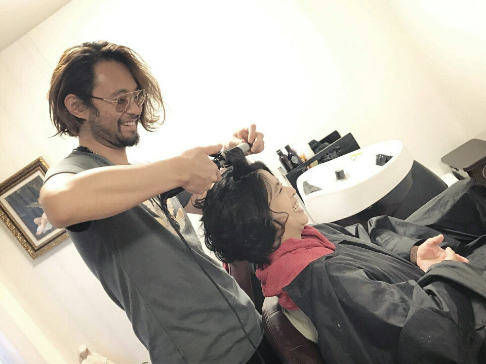 ぼくがヘアメイクをしてる画像