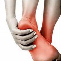 足の裏や土踏まずが痛…