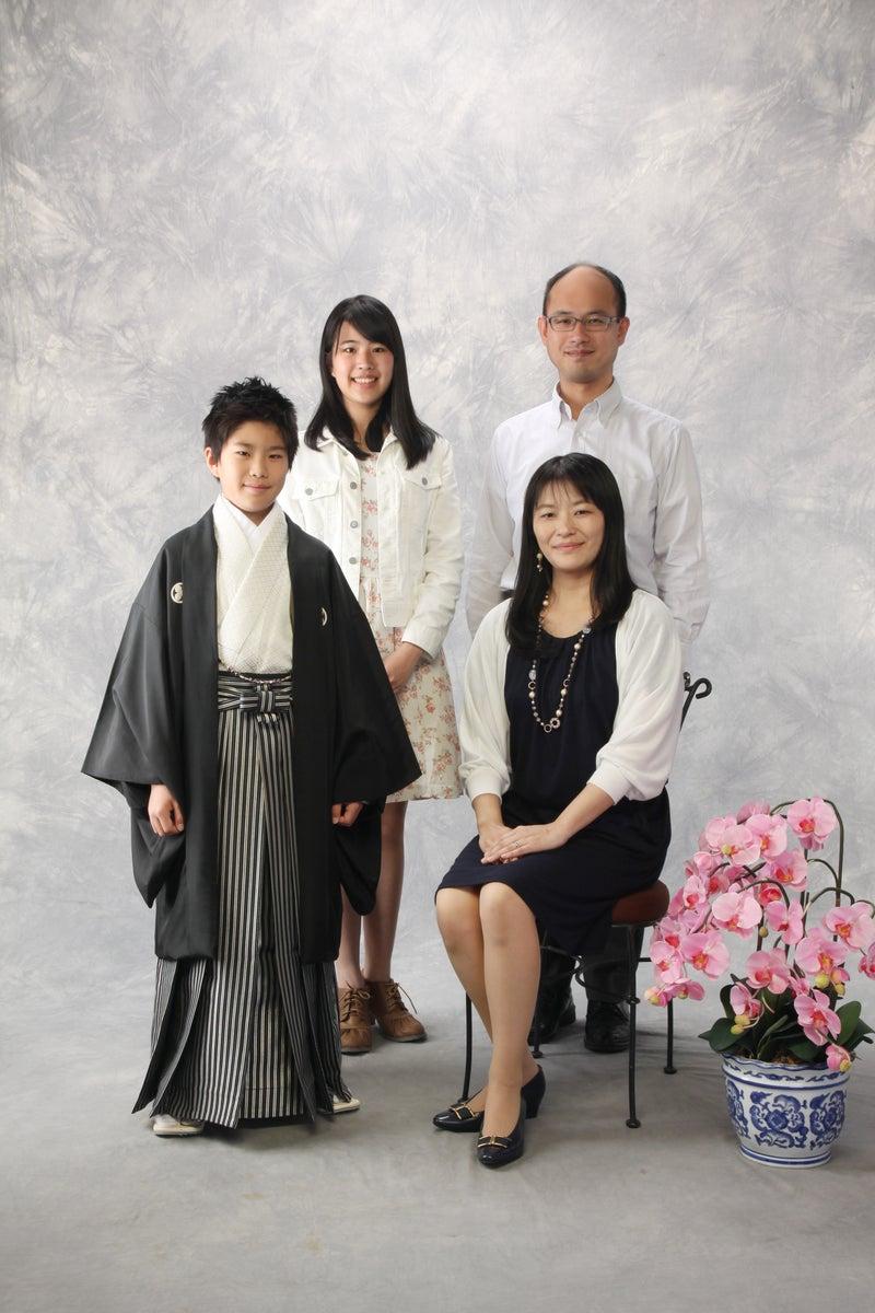 卒業式家族写真