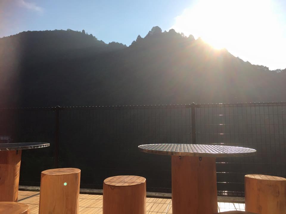 とりの巣カフェ
