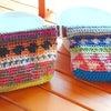 元気カラー!かわいい手編みのばねポーチが届いています♪の画像