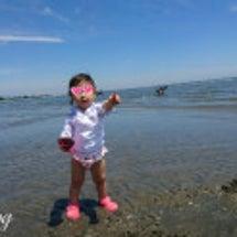 1歳児と 潮干狩り。