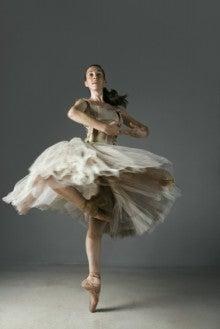 ピルエット、ダンス、回れるようになる方法