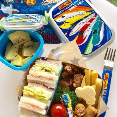 息子の幼稚園お弁当 サンドイッチ 焼肉 ・ ハイチェアデビュー!の記事に添付されている画像