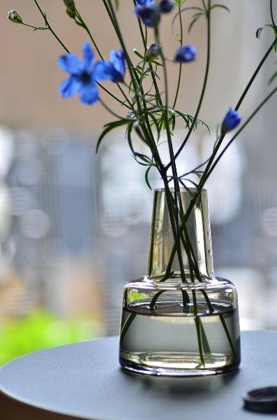花を飾ることを習慣に ~ホルム...