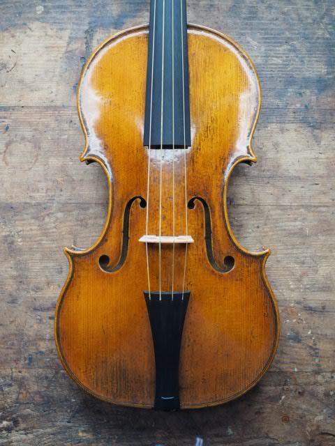 バロック・ヴァイオリンとチェロ...