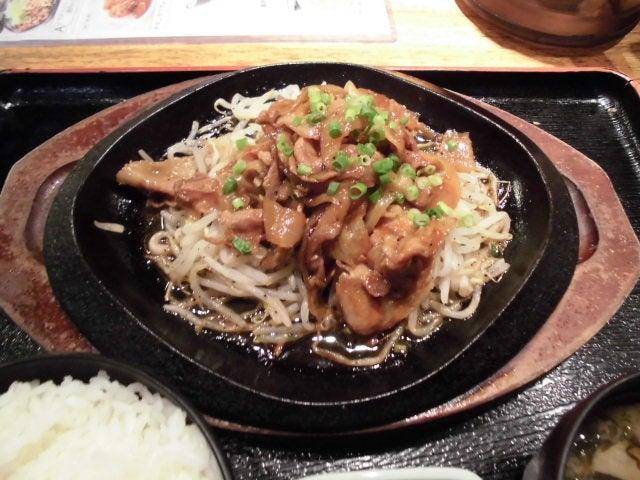 豚肉と野菜の鉄板焼き1