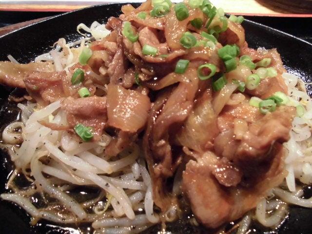 豚肉と野菜の鉄板焼き4