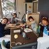 元オリンピック選手の萩原さんと スイムのポーズの画像