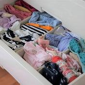 子供の衣類の仕分けとテンションを上げる小物入れ