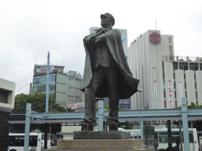 <大阪所属のH野ドライバーさん>バンカラ学生の像