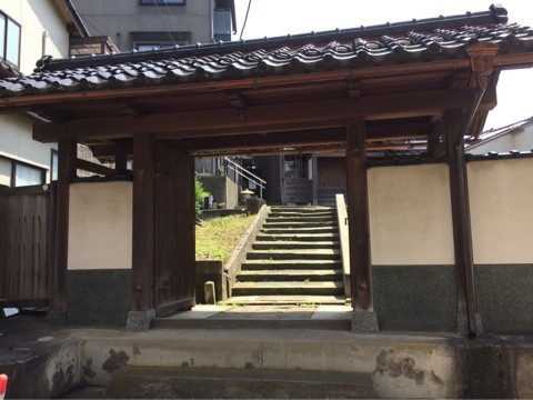 金沢 本蔵寺 妙顕寺から曼荼羅を授かり建立されたお寺   金沢徒然日記