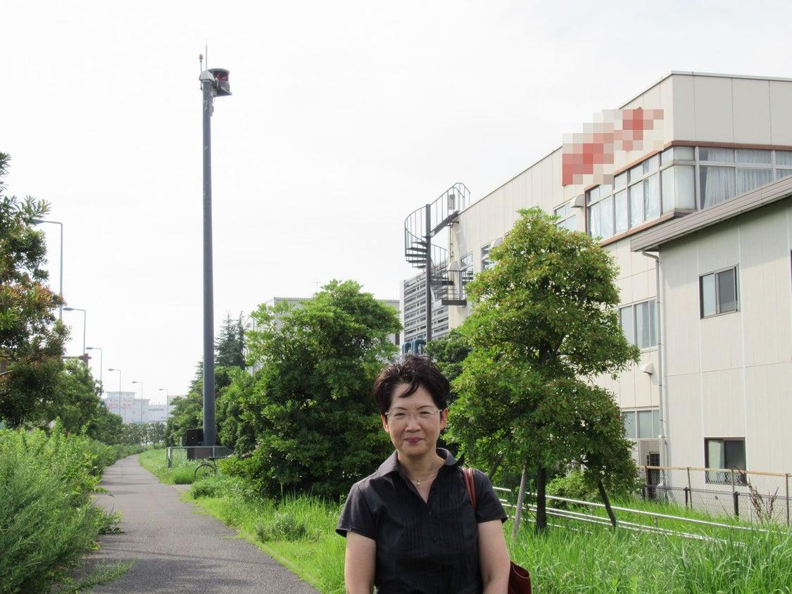 直上50mを飛行機が飛ぶ、とは? 京浜島工場群から見た、羽田空港増便・飛行ルート変更計画の問題の記事より