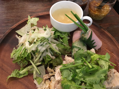 Tamacafeのベトナムプレート