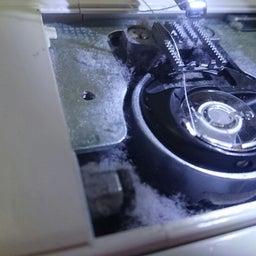 画像 ミシンのメンテナンスしてますか? 思っている以上にミシンの中は汚いですよ…… の記事より 1つ目