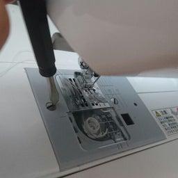 画像 ミシンのメンテナンスしてますか? 思っている以上にミシンの中は汚いですよ…… の記事より 3つ目