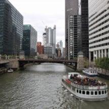 Chicago ③