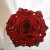 赤バラメリアの美しいウェディングブーケ。広島県の新婦様プレ花嫁様へ。愛媛・ユキ*フローリストの画像