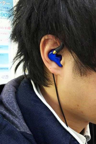 補聴器の技術による高精度な耳型...