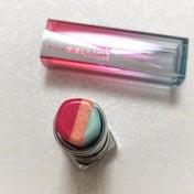 メイベリン「1本3色リップ」の新作は、ツヤと光を生み出すミントグリーンが主役♡