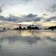 遠浅の海の夕方