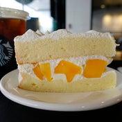 それはスタバのマンゴーシフォンケーキから始まった