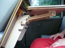 軽キャンパー ドリームミニ オプション 助手席テーブル 調整