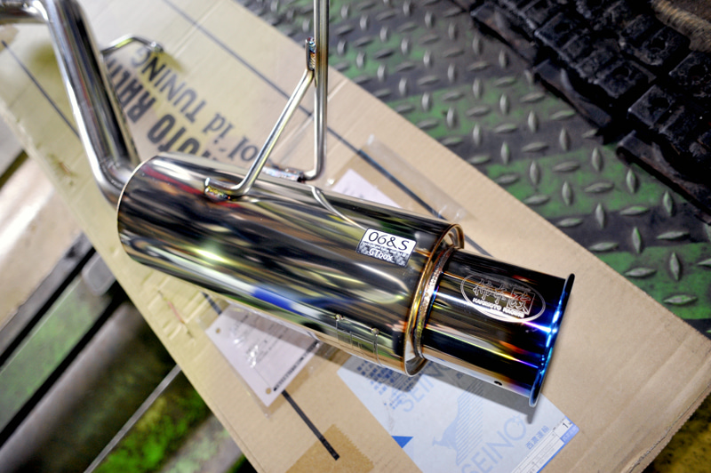 K12インパルマーチ、柿本マフラー