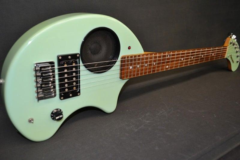 ZO-3 2号機!   ギターとプロレ...