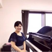 新しいピアノ講師が決…