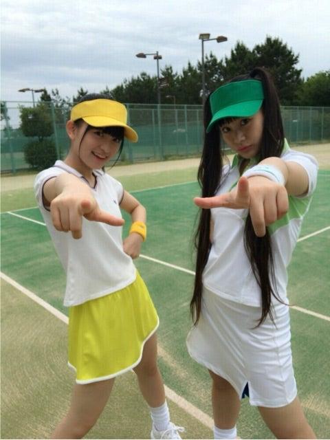 テニスコートでの清井咲希