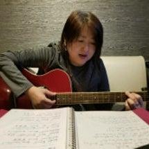 ギターの練習・・・・…