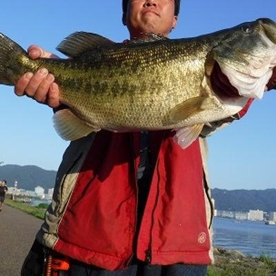 琵琶湖、におの浜!ロングワームでデカバスを狙って釣れます!の記事に添付されている画像
