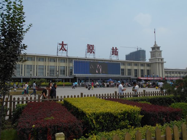 日中韓文化地めぐりのブログ中国旅行3、中国の塔「太原・永祚寺双塔」