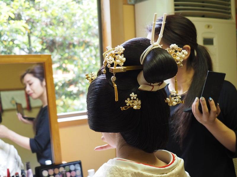 fe8453503ce8f その後花嫁の髪型として用いられるようになり、明治以降は花嫁の正装として定番の髪型となったようです。
