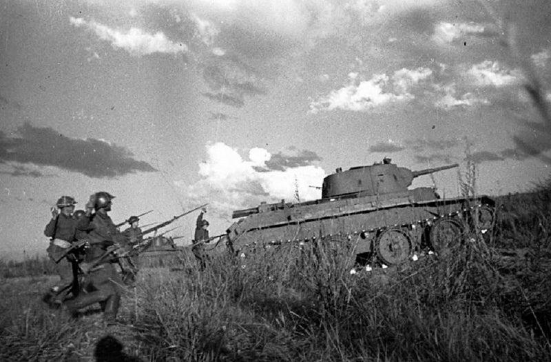フイ高地攻防戦   戦車兵のブログ