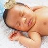 生後3週間までの赤ちゃんの姿を残すプレゼントが人気です/ニューボーン(新生児)フォトの画像