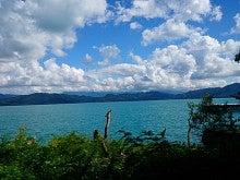 美しい湖面