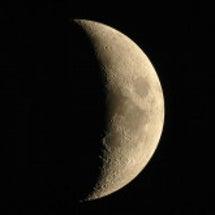 うお座上弦の月へ向か…