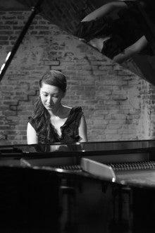 Minako Kikuchi (Piano)