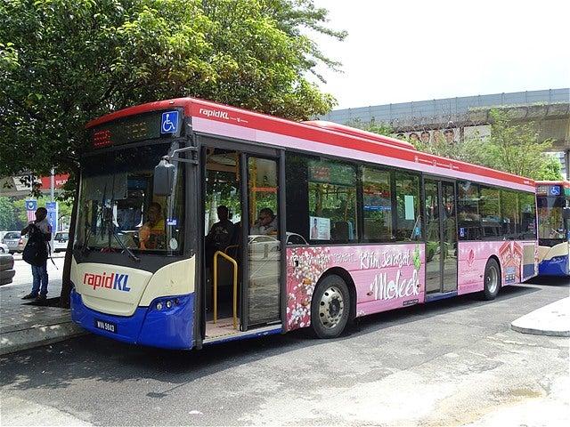 RapidKLバス 690番 プドゥ・セン...