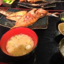 一夜干しと海鮮丼でき…