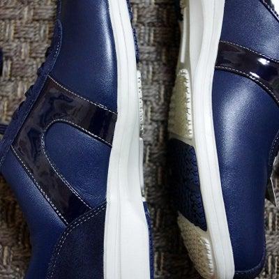歩きやすい! 本革なのにスニーカー「Texcy leather(テクシーレザー)の記事に添付されている画像