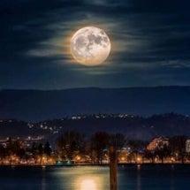 牡羊座の満月はどう過…