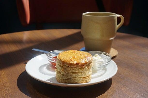 奥沢 OKUSAWA FACTORY COFFEE&BAKES スコーン