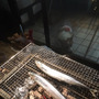 炭火で秋刀魚!