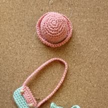 編みぐるみのお洋服の…
