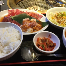 ☆焼肉ランチ・トミカ…